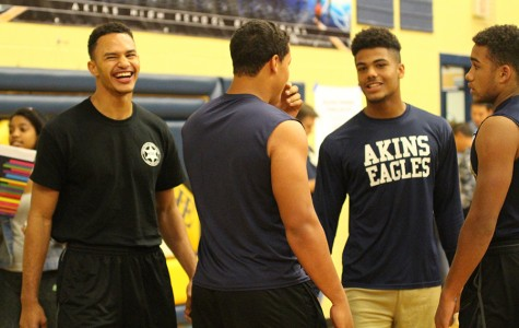 Students compete for fun at Dodgeball game