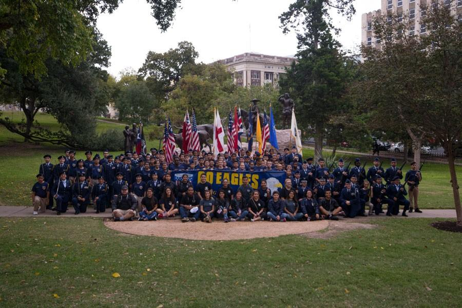 Akins JROTC and CSI members join together for a group picture