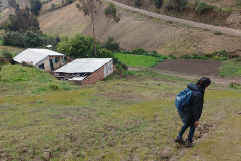 Student travels to Ecuador to experience daily life with host family