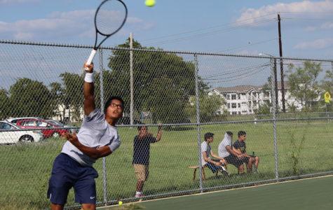 Varsity tennis makes Bi-District