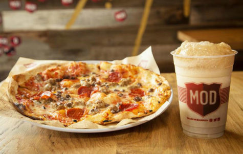MOD Pizza offers ability to customize pies with multiple toppings