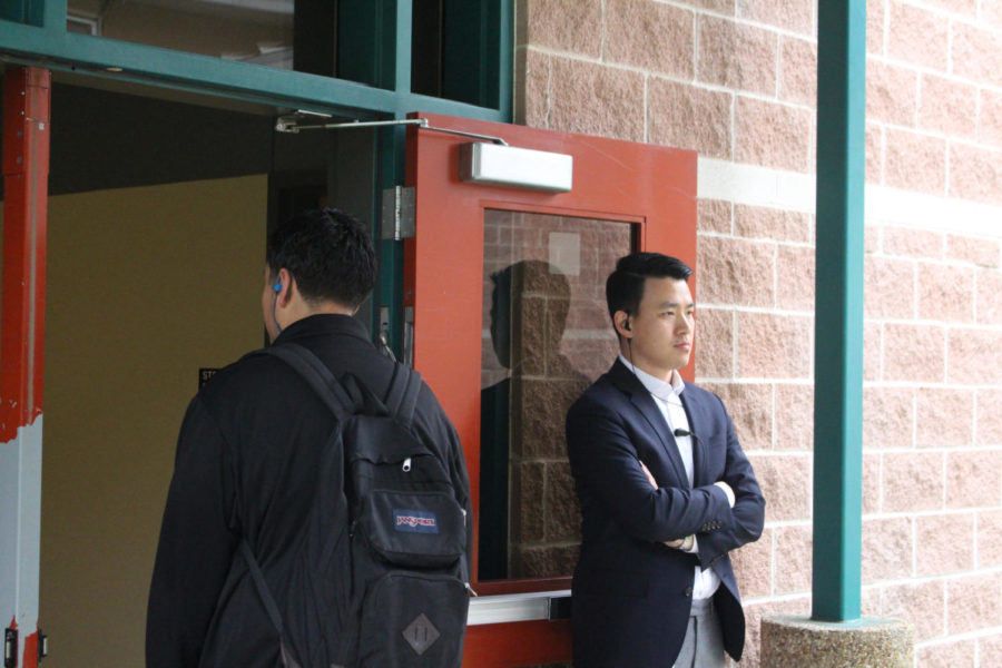 Assistant+principal++Michael+Jung+monitors+students+as+they+enter+the+STEM+wing+before+school+starts.+Administrators+and+security+personnel+were+seen+in+greater+numbers+after+the+lockdown+event+in+February.