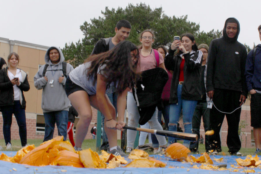 Akins smashes pumpkins to raise money for Key Club