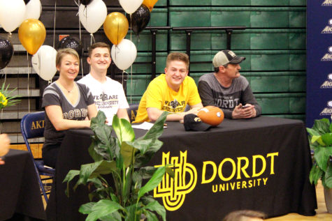 Tripp and Davis Ryan, Twin brothers, signed to play football at Dordt University on Feb. 6, 2019.