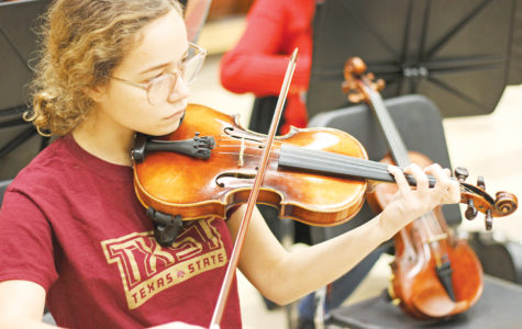 Orchestra student learns composition, pursues career